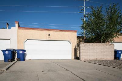 Attached For Sale: 604 Ortiz Drive NE