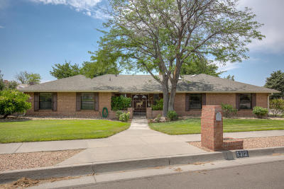 Albuquerque Single Family Home For Sale: 5312 Queens Way NE
