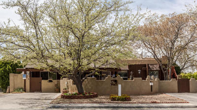 Albuquerque Single Family Home For Sale: 1909 Morris Street NE
