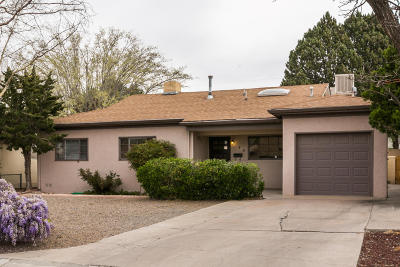 Albuquerque Single Family Home For Sale: 808 Truman Street NE