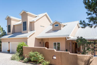 Tijeras, Cedar Crest, Sandia Park, Edgewood, Moriarty, Stanley Single Family Home For Sale: 41 Avenida Del Sol