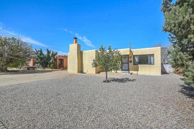 Albuquerque Single Family Home For Sale: 1833 Illinois Street NE