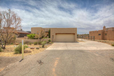 Rio Rancho Single Family Home For Sale: 5870 Kim Road NE