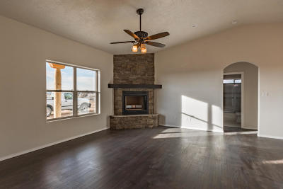 Tijeras, Cedar Crest, Sandia Park, Edgewood, Moriarty, Stanley Single Family Home For Sale: 8 Zia Court