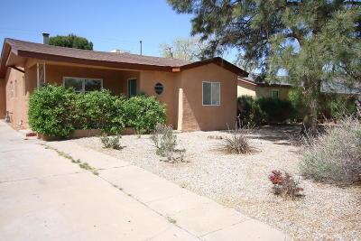 Albuquerque Single Family Home For Sale: 1609 Anderson Place SE
