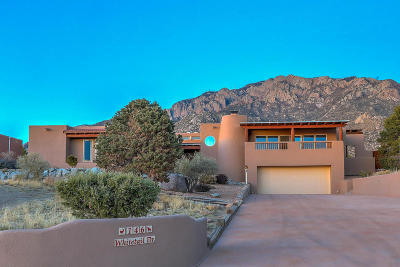 Albuquerque Single Family Home For Sale: 146 Whitetail Drive NE