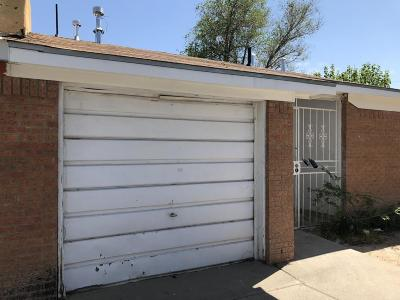 Albuquerque Attached For Sale: 201 Avalon Place NW