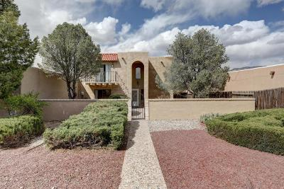 Albuquerque Attached For Sale: 8701 Chambers Place NE