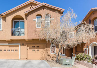 Albuquerque Attached For Sale: 601 Menaul Boulevard NE #UNIT 120