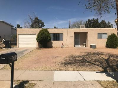 Albuquerque Single Family Home For Sale: 5705 Piedra Road NW