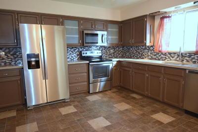Single Family Home For Sale: 7209 Derickson Avenue NE
