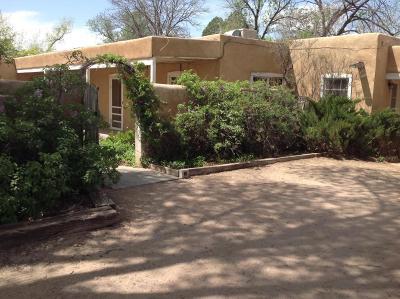 Corrales Single Family Home For Sale: 356 Camino Hermosa
