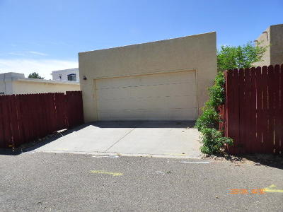 Albuquerque Single Family Home For Sale: 7705 Pinewood Drive NW