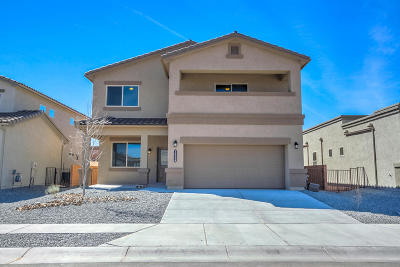 Single Family Home For Sale: 1654 Valle Vista NW