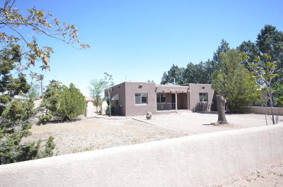 Los Ranchos NM Single Family Home For Sale: $224,900