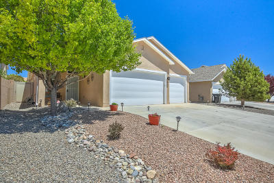 Albuquerque, Rio Rancho Single Family Home For Sale: 2115 Coba Road SE