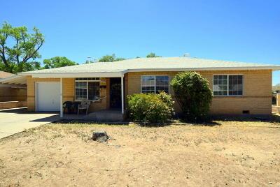 Albuquerque Single Family Home For Sale: 7706 Euclid Avenue NE