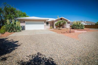 Valencia County Single Family Home For Sale: 3 Pando Lane