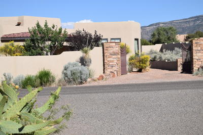 Placitas Single Family Home For Sale: 9 Anasazi Trails Road
