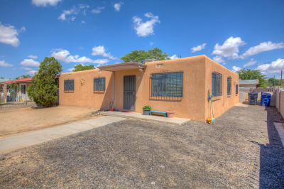 Albuquerque Single Family Home For Sale: 6225 Gonzales Road SW
