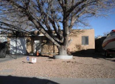 Albuquerque Single Family Home For Sale: 840 Alvarado Drive SE