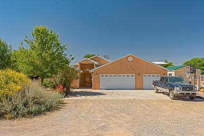 Single Family Home For Sale: 4 Mesa Bonita