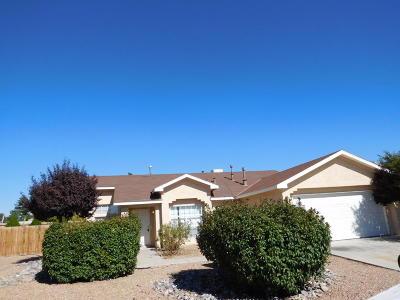 Albuquerque Single Family Home For Sale: 8223 Emerald Sky Avenue SW