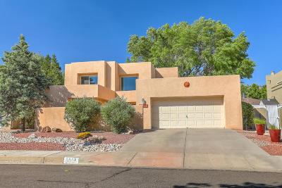 Albuquerque Single Family Home For Sale: 5904 Canyon Crest Place NE