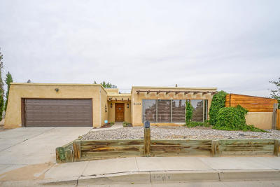 Rio Rancho NM Single Family Home For Sale: $179,900