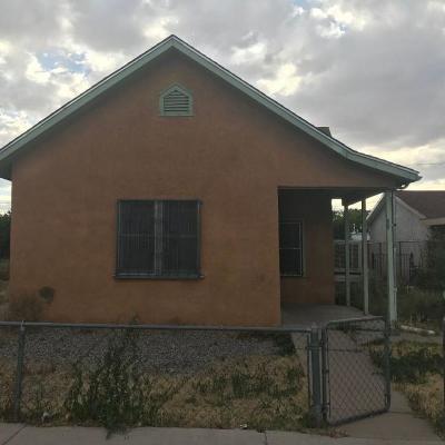 Albuquerque NM Single Family Home For Sale: $58,000