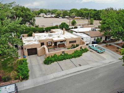 Albuquerque Single Family Home For Sale: 317 Osage Place SW