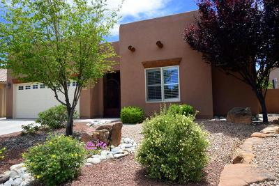 Bernalillo Single Family Home For Sale: 1030 Purple Aster Drive
