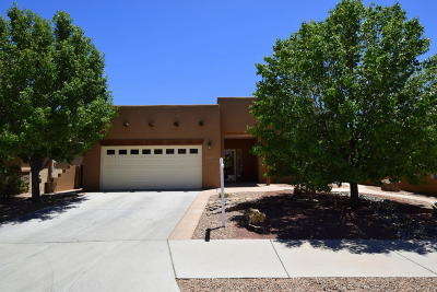 Bernalillo Single Family Home For Sale: 1006 Prairie Zinnia Drive