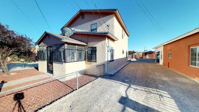 Albuquerque Single Family Home For Sale: 2218 Dora Avenue NW
