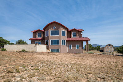 Tijeras, Cedar Crest, Sandia Park, Edgewood, Moriarty, Stanley Single Family Home For Sale: 11 Moonlight Meadow