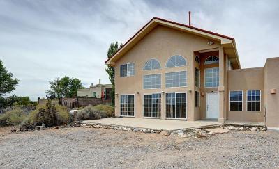 Rio Rancho Single Family Home For Sale: 5901 Rio Salado Loop NE