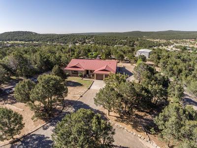 Tijeras, Cedar Crest, Sandia Park, Edgewood, Moriarty, Stanley Single Family Home For Sale: 18 Juniper Hills Road