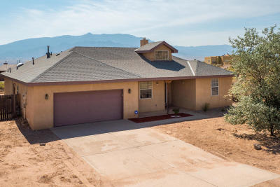 Rio Rancho Single Family Home For Sale: 1706 Castile Court NE