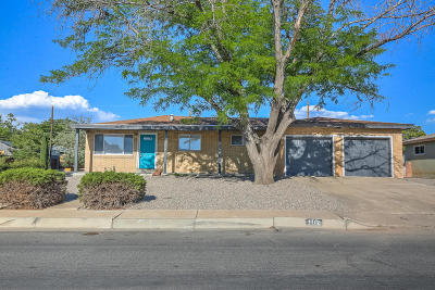 Albuquerque Single Family Home For Sale: 1112 Arizona Street NE