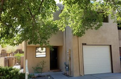 Albuquerque Attached For Sale: 3001 Estrella Brillante Street NW