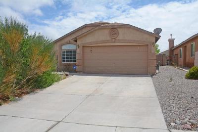 Rio Rancho Single Family Home For Sale: 7088 Labrador Drive NE