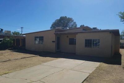 Albuquerque Single Family Home For Sale: 3403 Montclaire Drive NE