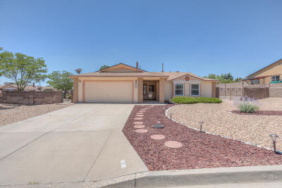 Rio Rancho NM Single Family Home For Sale: $169,000