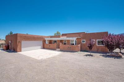 Bernalillo Single Family Home For Sale: 974 Nazcon Road