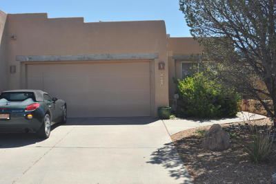 Attached For Sale: 6408 Chaco Ridge Place NE