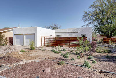Albuquerque Single Family Home For Sale: 2615 Granite Avenue NW