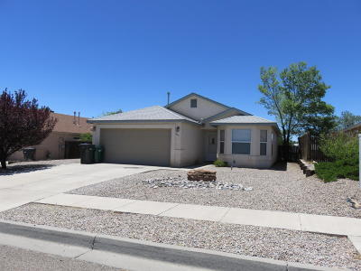 Rio Rancho Single Family Home For Sale: 261 18th Street SE