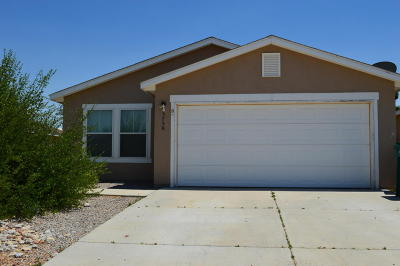 Rio Rancho Single Family Home For Sale: 3758 Cattle Drive NE