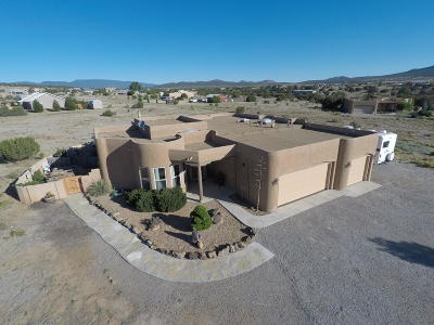Tijeras, Cedar Crest, Sandia Park, Edgewood, Moriarty, Stanley Single Family Home For Sale: 3 Kiowa Court
