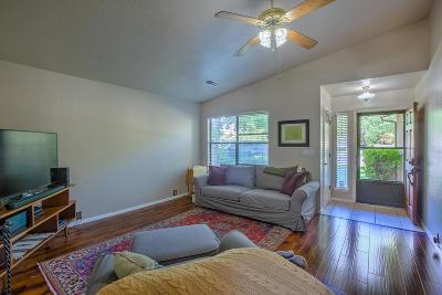 Albuquerque NM Single Family Home For Sale: $162,000